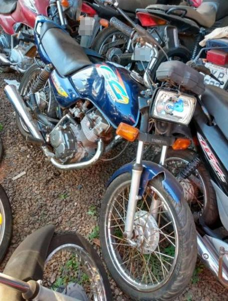 Lote 445 - LEILÃO EXTRAJUDICIAL DO DEPARTAMENTO DE TRÂNSITO DE MATO GROSSO DO SUL – DETRAN/MS – ÁGUA CLARA, APARECIDA DO TABOADO, BATAGUASSU, BRASILÂNDIA, SANTA RITA DO PARDO E TRÊS LAGOAS/MS (LOTES 301 AO 469)