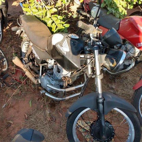 Lote 323 - LEILÃO EXTRAJUDICIAL DO DEPARTAMENTO DE TRÂNSITO DE MATO GROSSO DO SUL – DETRAN/MS – ÁGUA CLARA, APARECIDA DO TABOADO, BATAGUASSU, BRASILÂNDIA, SANTA RITA DO PARDO E TRÊS LAGOAS/MS (LOTES 301 AO 469)
