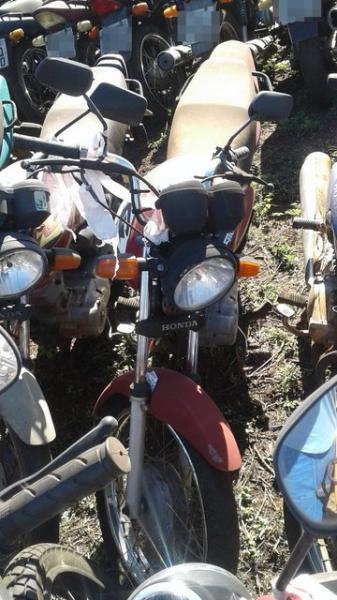Lote 437 - LEILÃO EXTRAJUDICIAL DO DEPARTAMENTO DE TRÂNSITO DE MATO GROSSO DO SUL – DETRAN/MS – ÁGUA CLARA, APARECIDA DO TABOADO, BATAGUASSU, BRASILÂNDIA, SANTA RITA DO PARDO E TRÊS LAGOAS/MS (LOTES 301 AO 469)