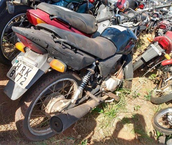 Lote 417 - LEILÃO EXTRAJUDICIAL DO DEPARTAMENTO DE TRÂNSITO DE MATO GROSSO DO SUL – DETRAN/MS – ÁGUA CLARA, APARECIDA DO TABOADO, BATAGUASSU, BRASILÂNDIA, SANTA RITA DO PARDO E TRÊS LAGOAS/MS (LOTES 301 AO 469)