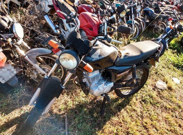 Lote 316 - LEILÃO EXTRAJUDICIAL DO DEPARTAMENTO DE TRÂNSITO DE MATO GROSSO DO SUL – DETRAN/MS – ÁGUA CLARA, APARECIDA DO TABOADO, BATAGUASSU, BRASILÂNDIA, SANTA RITA DO PARDO E TRÊS LAGOAS/MS (LOTES 301 AO 469)