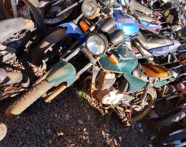 Lote 038 - LEILÃO EXTRAJUDICIAL DO DEPARTAMENTO DE TRÂNSITO DE MATO GROSSO DO SUL – DETRAN/MS – ÁGUA CLARA, APARECIDA DO TABOADO, BATAGUASSU, BRASILÂNDIA, SANTA RITA DO PARDO E TRÊS LAGOAS/MS (LOTES 001 AO 100)