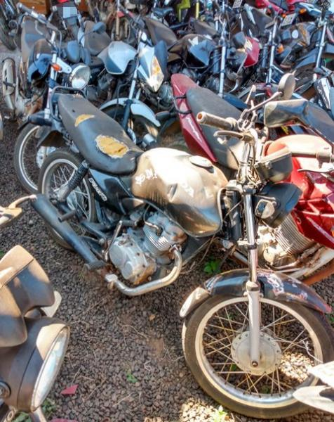 Lote 339 - LEILÃO EXTRAJUDICIAL DO DEPARTAMENTO DE TRÂNSITO DE MATO GROSSO DO SUL – DETRAN/MS – ÁGUA CLARA, APARECIDA DO TABOADO, BATAGUASSU, BRASILÂNDIA, SANTA RITA DO PARDO E TRÊS LAGOAS/MS (LOTES 301 AO 469)