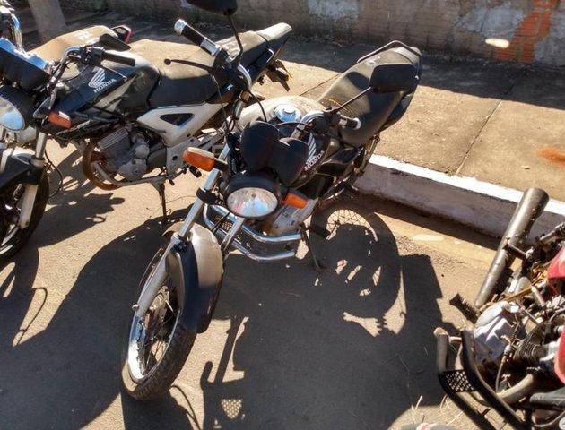 Lote 463 - LEILÃO EXTRAJUDICIAL DO DEPARTAMENTO DE TRÂNSITO DE MATO GROSSO DO SUL – DETRAN/MS – ÁGUA CLARA, APARECIDA DO TABOADO, BATAGUASSU, BRASILÂNDIA, SANTA RITA DO PARDO E TRÊS LAGOAS/MS (LOTES 301 AO 469)