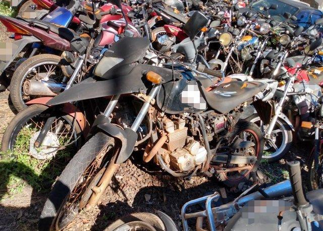 Lote 044 - LEILÃO EXTRAJUDICIAL DO DEPARTAMENTO DE TRÂNSITO DE MATO GROSSO DO SUL – DETRAN/MS – ÁGUA CLARA, APARECIDA DO TABOADO, BATAGUASSU, BRASILÂNDIA, SANTA RITA DO PARDO E TRÊS LAGOAS/MS (LOTES 001 AO 100)